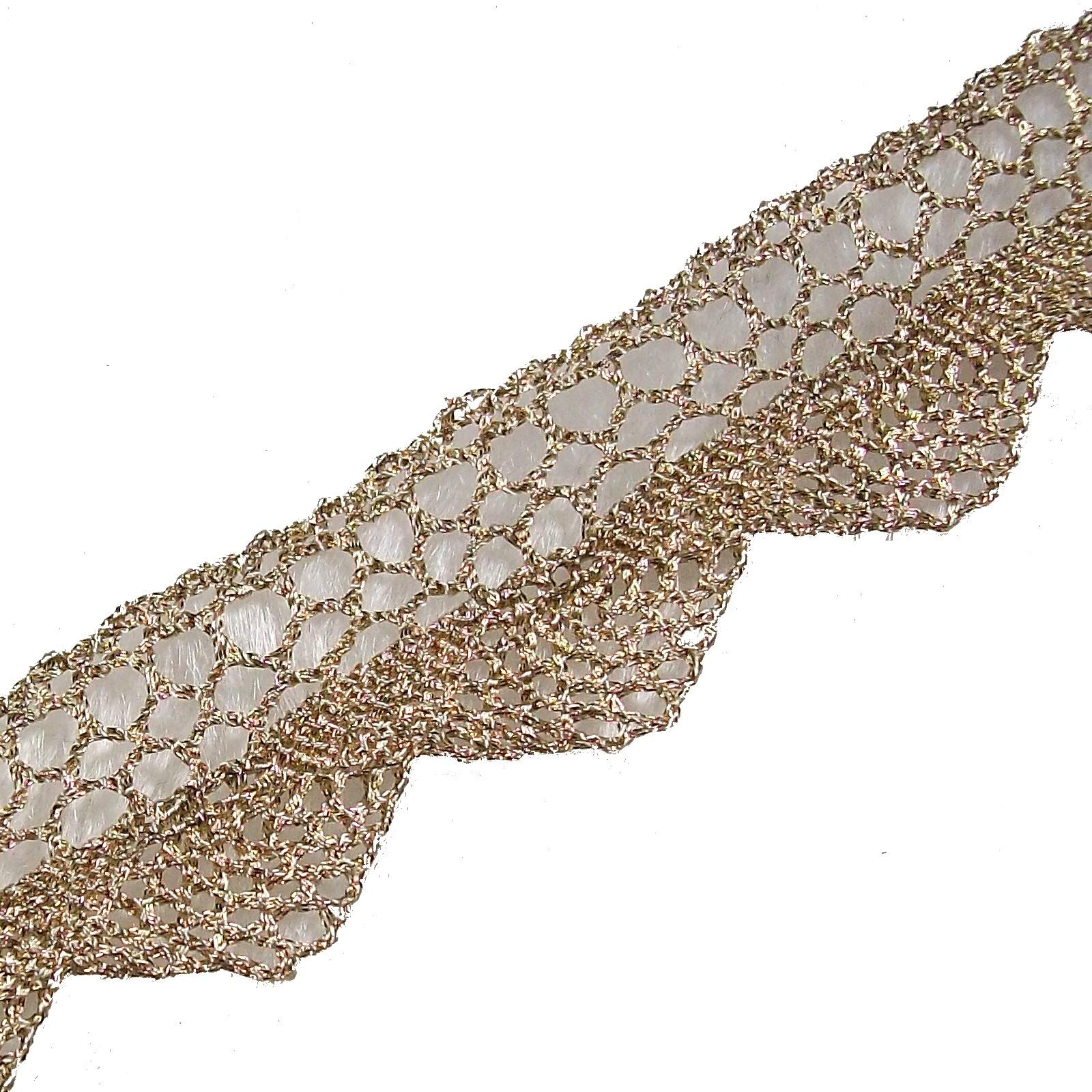 Metallic Colour Lace 2cm Wide Light Gold 1 metre length