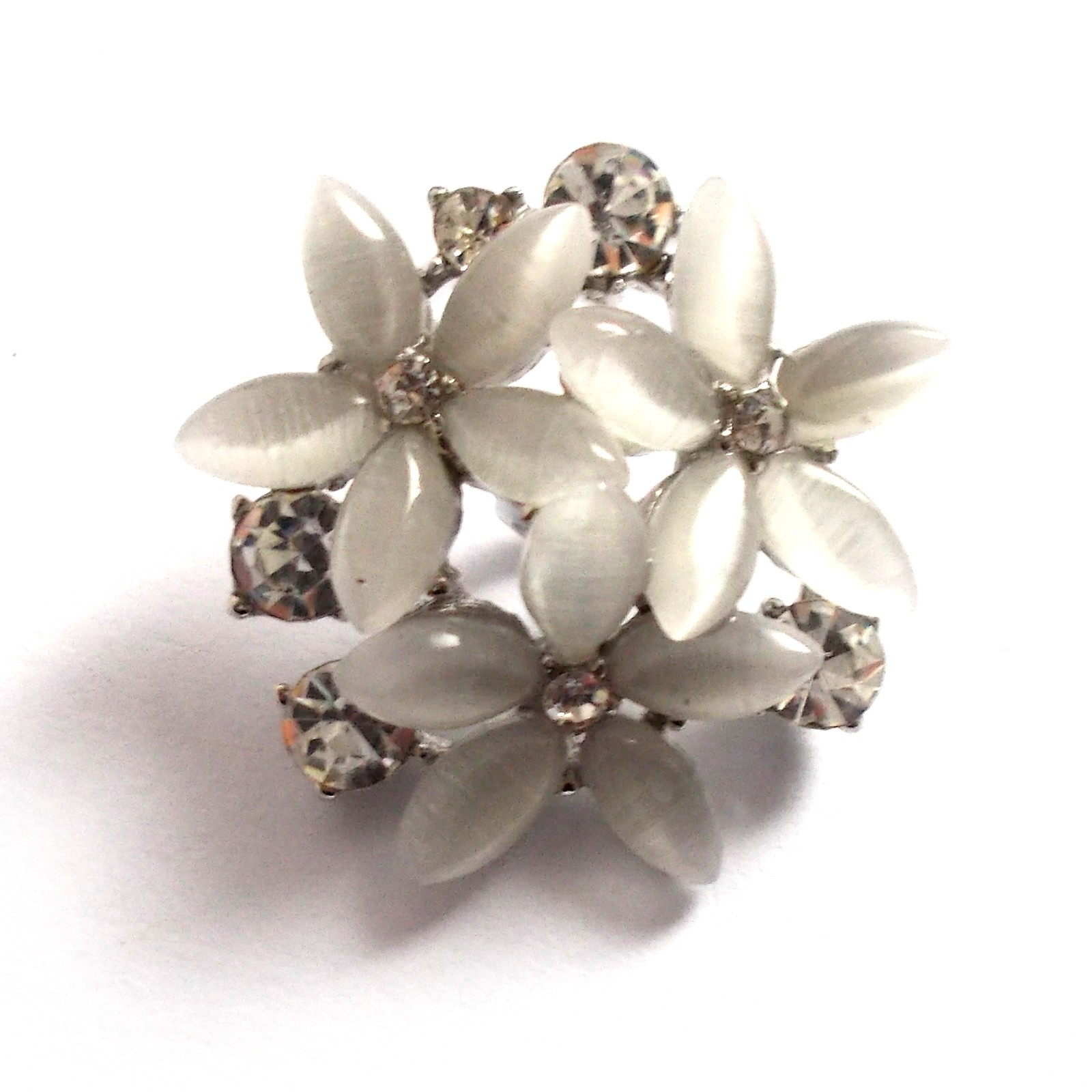 Diamante Buttons White Flower 25mm Pack of 1