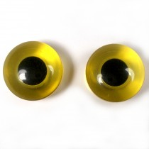 Animal Eyes Round Plastic Buttons – For Decoration Only Not for Toy Use 11mm Yellow Pack of 2